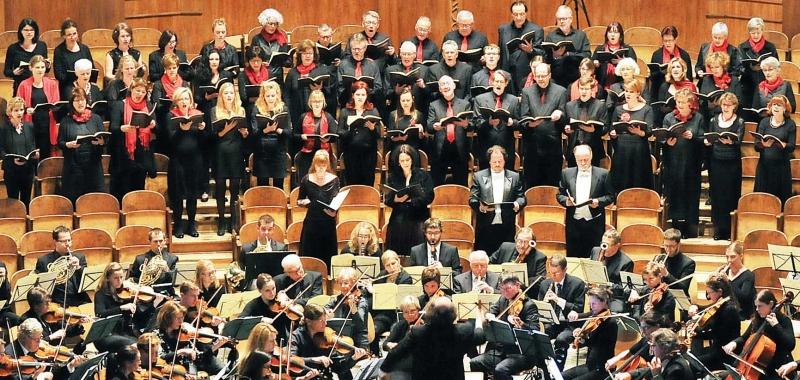 Stadtorchester mit Projektchor 3 ausschnitt